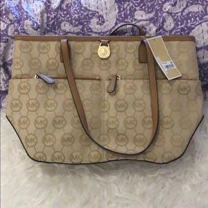 NWT Michael Kors handbag
